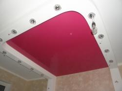 Потолок сиреневый