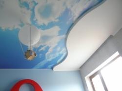 фото натяжного потолка в детской комнате - 12