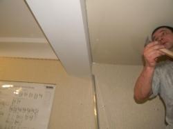 установка натяжного потолка в нашем офисе в Запорожье-11