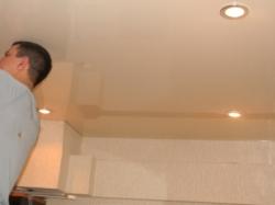 установка натяжного потолка в нашем офисе в Запорожье-3
