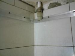 установка натяжного потолка в ванной - 3